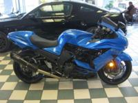 2012 KAWASAKI ZX14R 1,500 MILES THIS BIKE HAS ONLY
