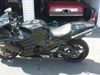 '12 Ninja 14 R like new condition mild drive road marks