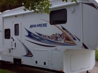 2012 Keystone Avalanche, LOOK AT THIS EXCELLENT 38 FOOT