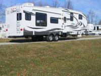 2012 Keystone Cougar 331MKS 5th Wheel This is an