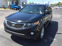 This 2012 Kia Sorento EX is proudly offered by Bay