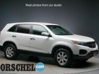 Certified with a 3rd row!!White 2012 Kia Sorento LXAWD,