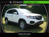 Options:  2012 Kia Sorento Lx Sport Utility 4D|White|No