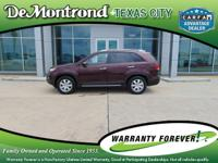 CARFAX One-Owner. 2012 Kia Sorento Red  Recent Arrival!