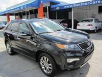 This 2012 Kia Sorento 4dr SX SUV . It is equipped with