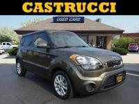 Recent Arrival! CARFAX One-Owner.   Canyon 2012 Kia