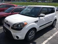 Recent Arrival! Clean CARFAX. Clear White 2012 Kia Soul