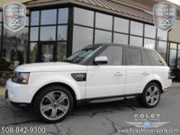 LUXURY... LOW Miles... JUST Traded!! 2012 Land Rover