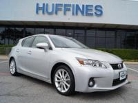 CARFAX 1-Owner, LOW MILES - 25,800! FUEL EFFICIENT 40