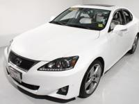 1-Owner, Clean carfax!! HDD Navigation System, Rear