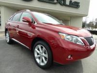 Exterior Color: matador red mica, Body: SUV, Engine: V6