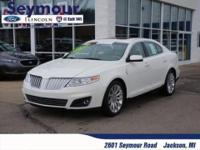 Lincoln Luxury, Leather heated power seats, Sunroof,