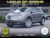 2012 LINCOLN KKX IN GREAT CONDITION. EQUIPPED WITH
