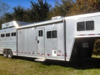 2012 Logan Coach 4 Horse LQ XL Razor 31ft on the floor,