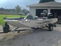 2012 Lowe Stinger 175 Bass Boat. 17.5 ft Modified Flat