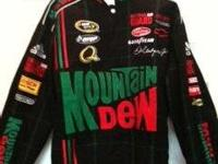 ** AUTHENTIC Sprint Cup Series, Mtn.Dew / AMP Energy