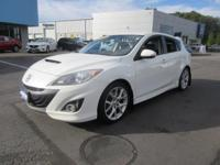 Get lots for your money with this  2012 Mazda MAZDA3.
