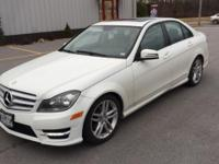 4MATIC, Electronic Stability Control, Power moonroof,