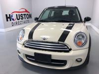*Non smoker*. Pepper White 2012 MINI 2D Hatchback