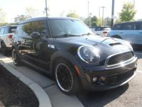 **2012 MINI CLUBMAN S!!**VERY LOW MILES**6 SPEED