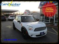 This MINI Cooper Countryman has a dependable Gas 4-Cyl