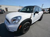 This MINI Cooper Countryman S ALL4 is a clean title 1