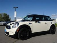 2012 MINI Cooper S 2dr Hardtop Our Location is: Lithia