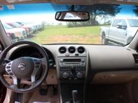 Sturdy and dependable, this Used 2012 Nissan Altima 2.5