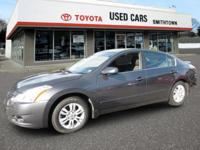 New Arrival! Low miles for a 2012! This Nissan Altima