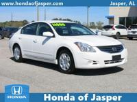 Options:  2012 Nissan Altima 4Dr Sdn I4 Cvt 2.5 S|Front