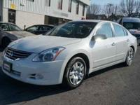 2012 Nissan Altima 2.5 S For Sale.Features:Keyless