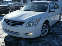2012 Nissan Altima 3.5 SR For Sale.Features:Keyless