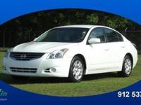 2012 Nissan Altima 2.5 S packs in your passengers and