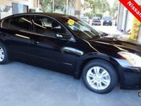 2012 Nissan Altima 2.5 S ** Super Black with Charcoal