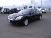 2012 Nissan Altima 4dr Sedan 2.5 Our Location is:
