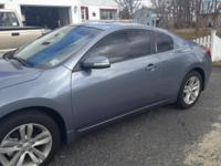 Selling a 2012 Nissan Altima 2.5 coupe Ocean Grey ONLY