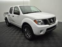 Recent Arrival! 4X4! Crew cab! 2012 Nissan Frontier SV