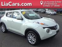 2012 Nissan Juke in White Pearl and Bluetooth Smart