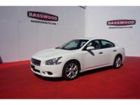 This 2012 Nissan Maxima 3.5 SV is a real winner with