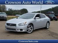This 2012 Nissan Maxima 3.5 S is a steal, with comforts
