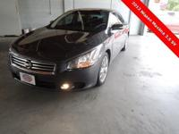 2012 Maxima 3.5 SV ** Save THOU$ ANDS !!! ** TECHNOLOGY