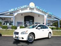 2012 Nissan Maxima FWD Powerful V6, 3.5 L engine and