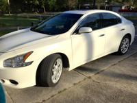 2012 Nissan Maxima S in great condition with 56,700