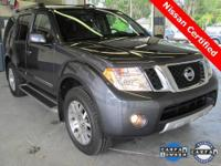 2012 Pathfinder LE ** 4x4 ** Only 9,700 Miles!! **