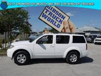 WWW.GIBSONTRUCKWORLD.COM*2012 Nissan Pathfinder S* with