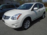 Exterior Color: white, Body: Crossover AWD, Engine: 2.5