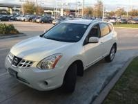We are excited to offer this 2012 Nissan Rogue. This