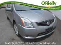 FUEL EFFICIENT 34 MPG Hwy/27 MPG City! CARFAX 1-Owner.