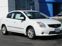 EPA 34 MPG Hwy/27 MPG City! CARFAX 1-Owner, LOW MILES -