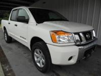 4WD, ABS brakes, Alloy wheels, Electronic Stability